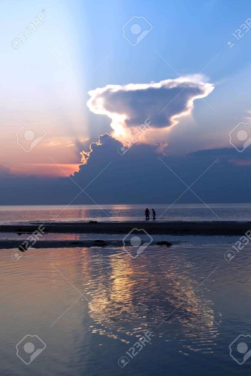 Two silhouettes ashore the Baltic sea Stock Photo - 7443089