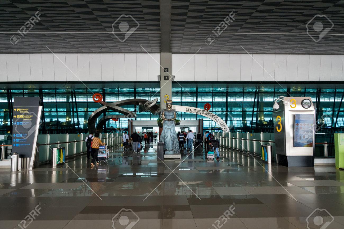 インドネシア: ジャカルタ 2017年 11 月: ジャカルタ (スカルノハッタ ...