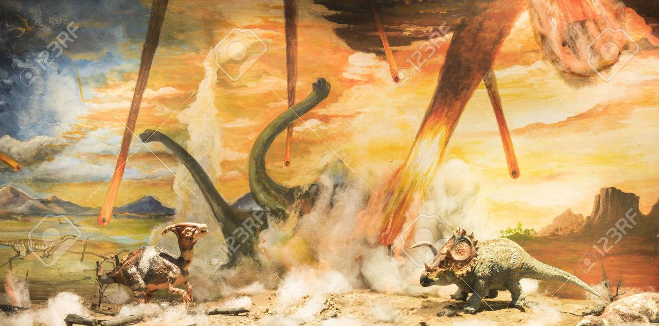 Dinosaurs escaping or dying because of heat and fire due to a big meteorite crash - 36384934