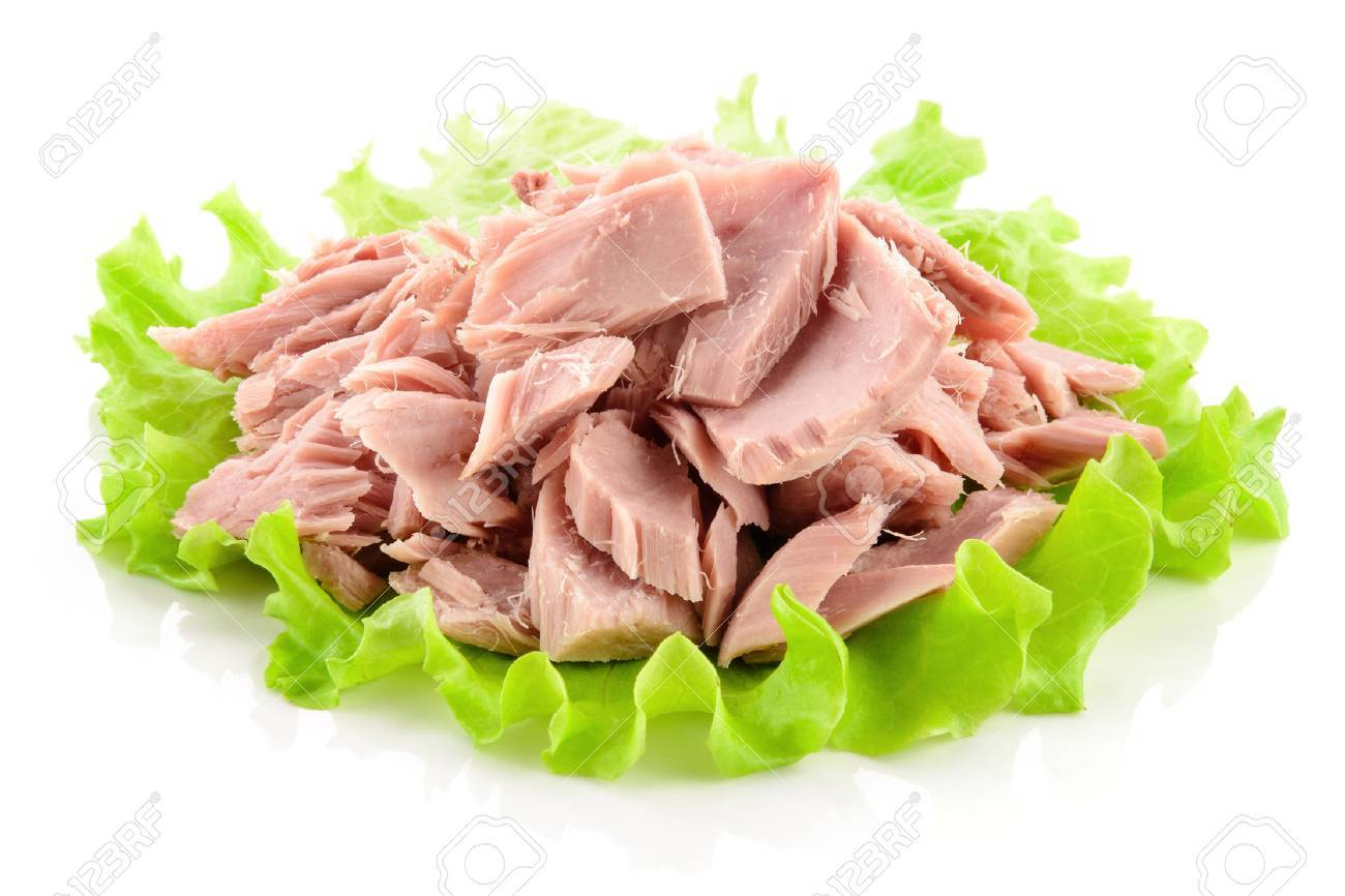 Canned tuna chunks with green salad - 59830904