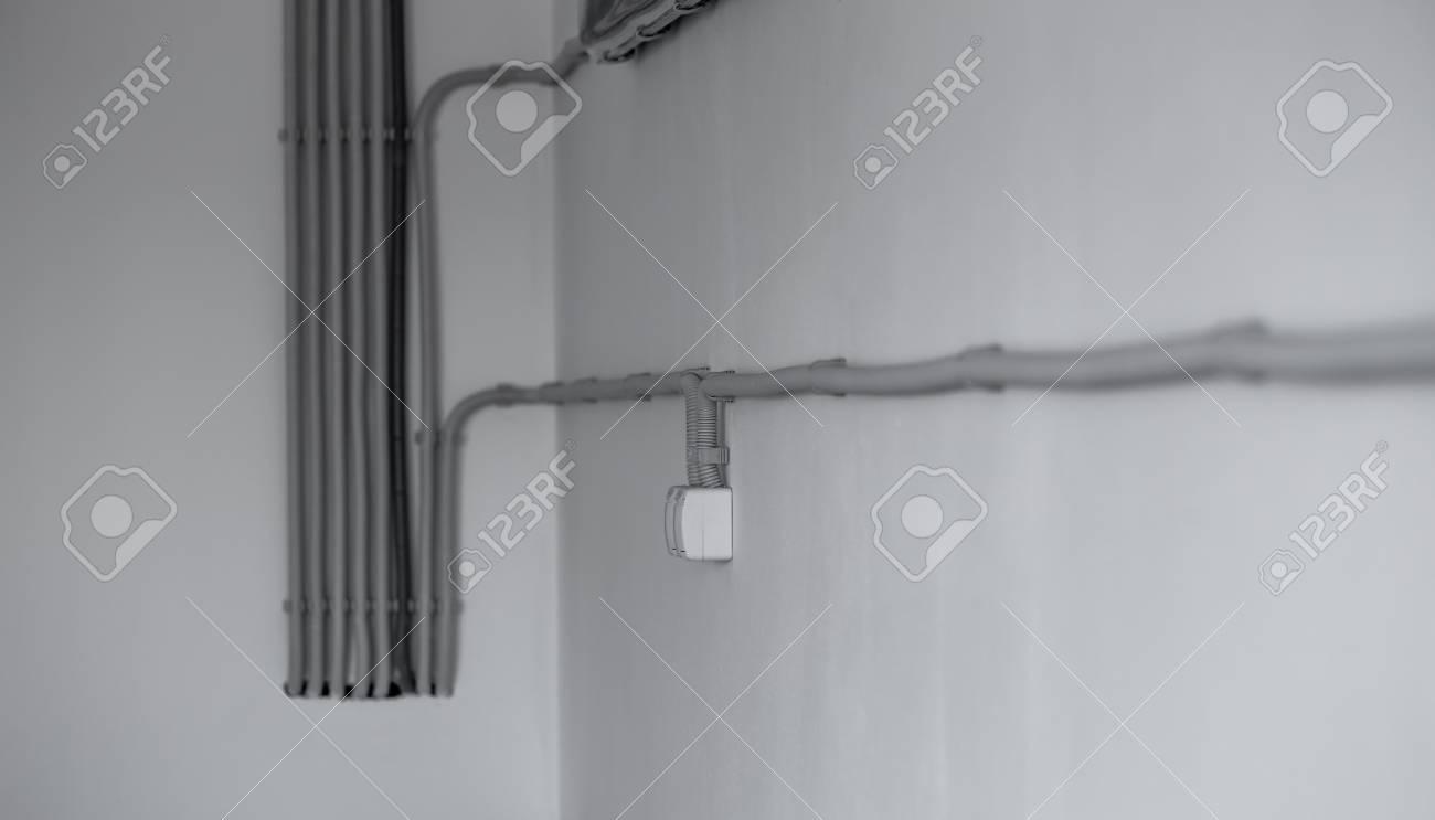 Fantastisch Weißer Neutraler Draht Fotos - Schaltplan Serie Circuit ...