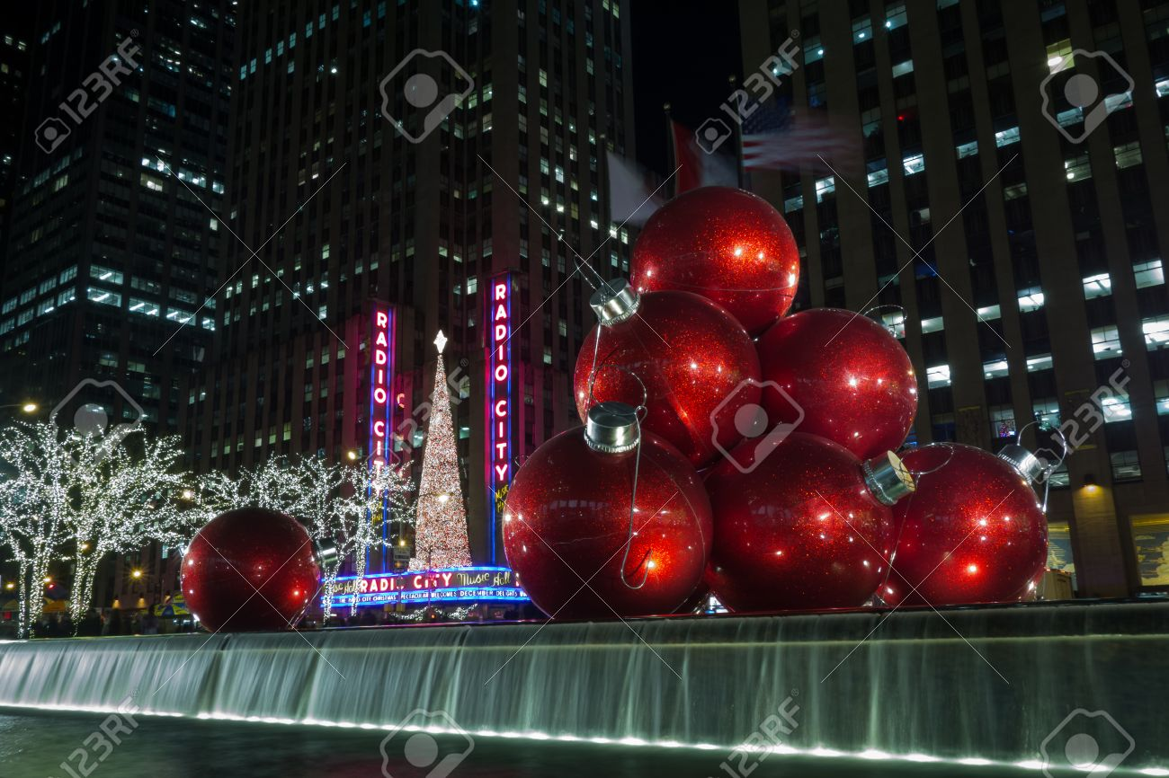One Of The Most Photographed Holiday Decorations On Sixth Avenue