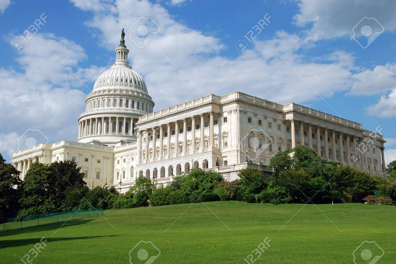 Outdoor view of US Capitol in Washington DC with beautiful blue sky in background Stock Photo - 18466517