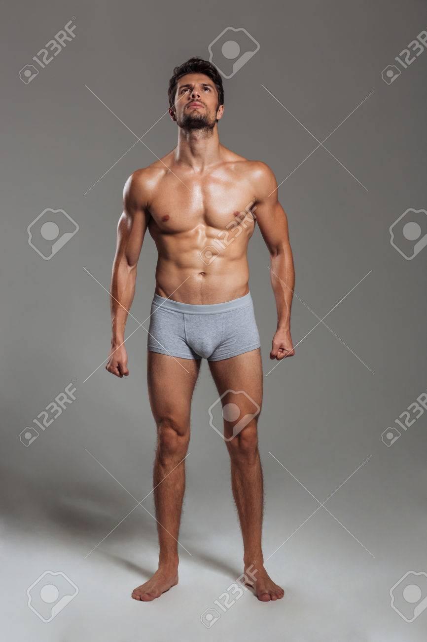 Retrato De Cuerpo Entero Del Hombre Atlético Atractivo Hermoso En ...