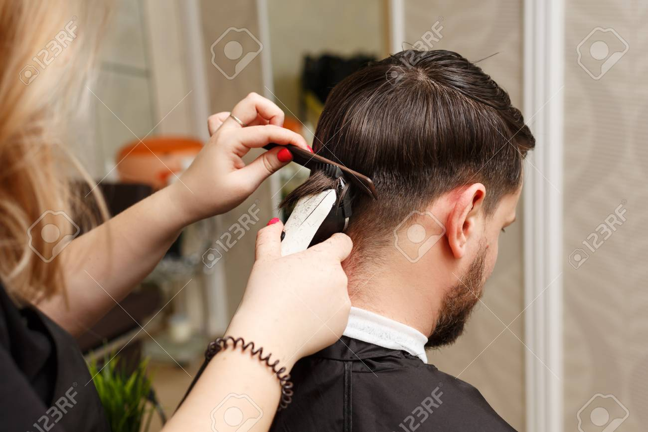 Superb Professional Hairdresser Doing Haircut Mens Hair Cutting Natural Hairstyles Runnerswayorg