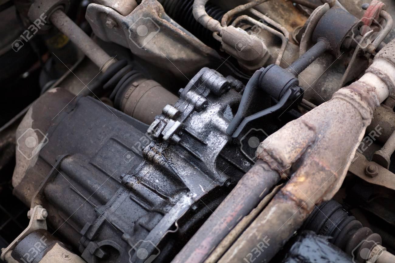Alter Autos Motor Lizenzfreie Fotos, Bilder Und Stock Fotografie ...