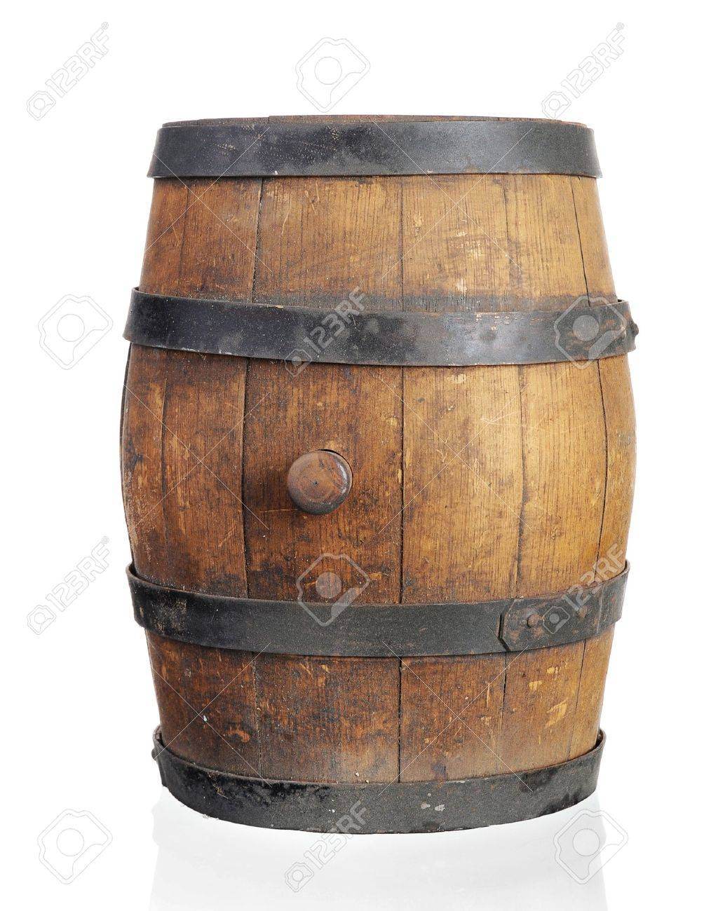 Wooden barrel with iron rings. Isolated on white background Stock Photo - 7545777