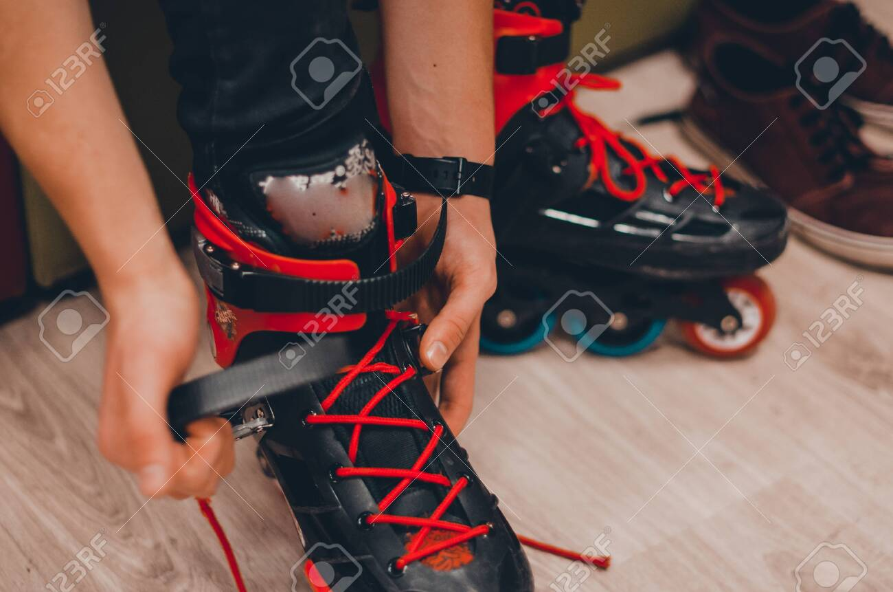 roller skates to put on shoes