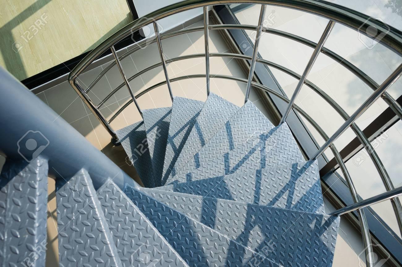 iron spiral stair - 38375432