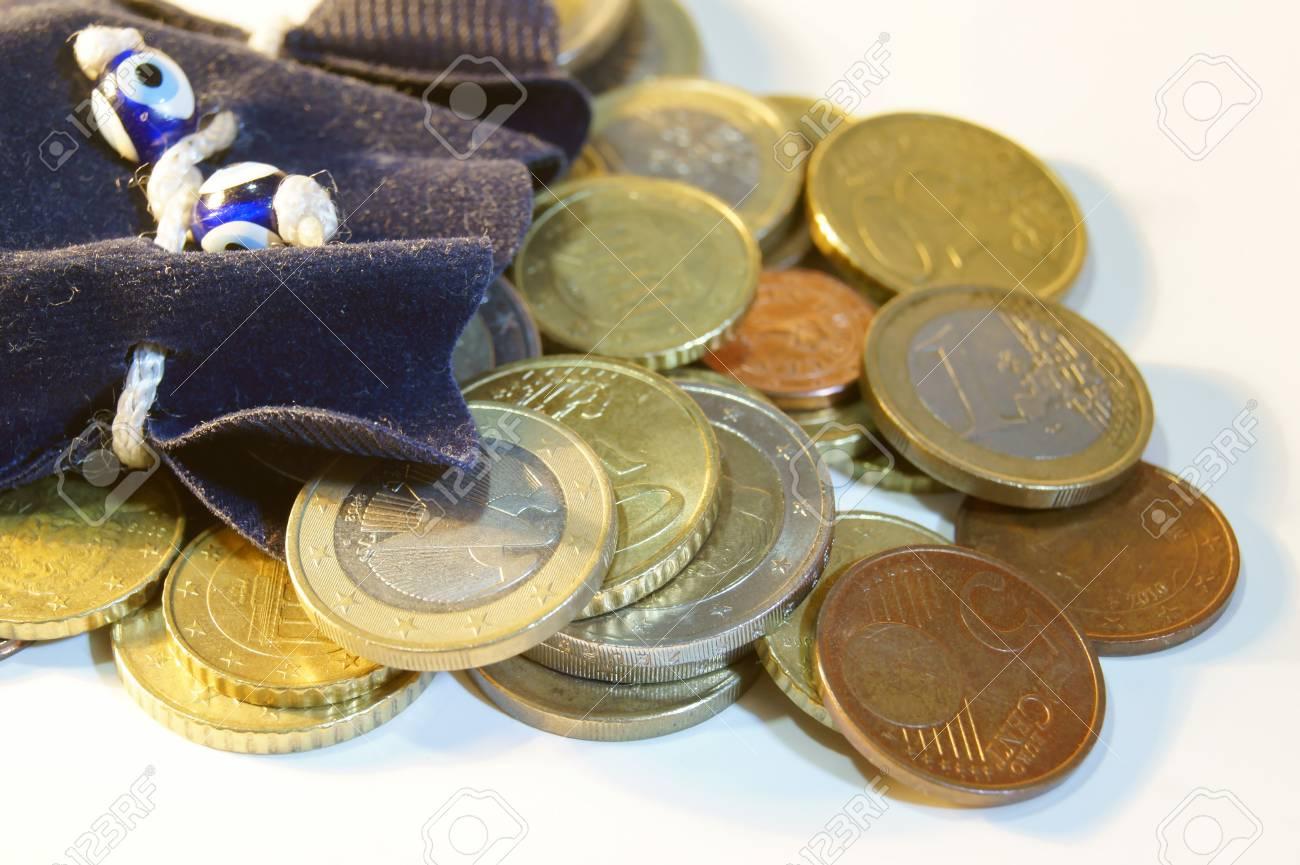 Euro Münzen Und Geldbeutel In Einem Beutel