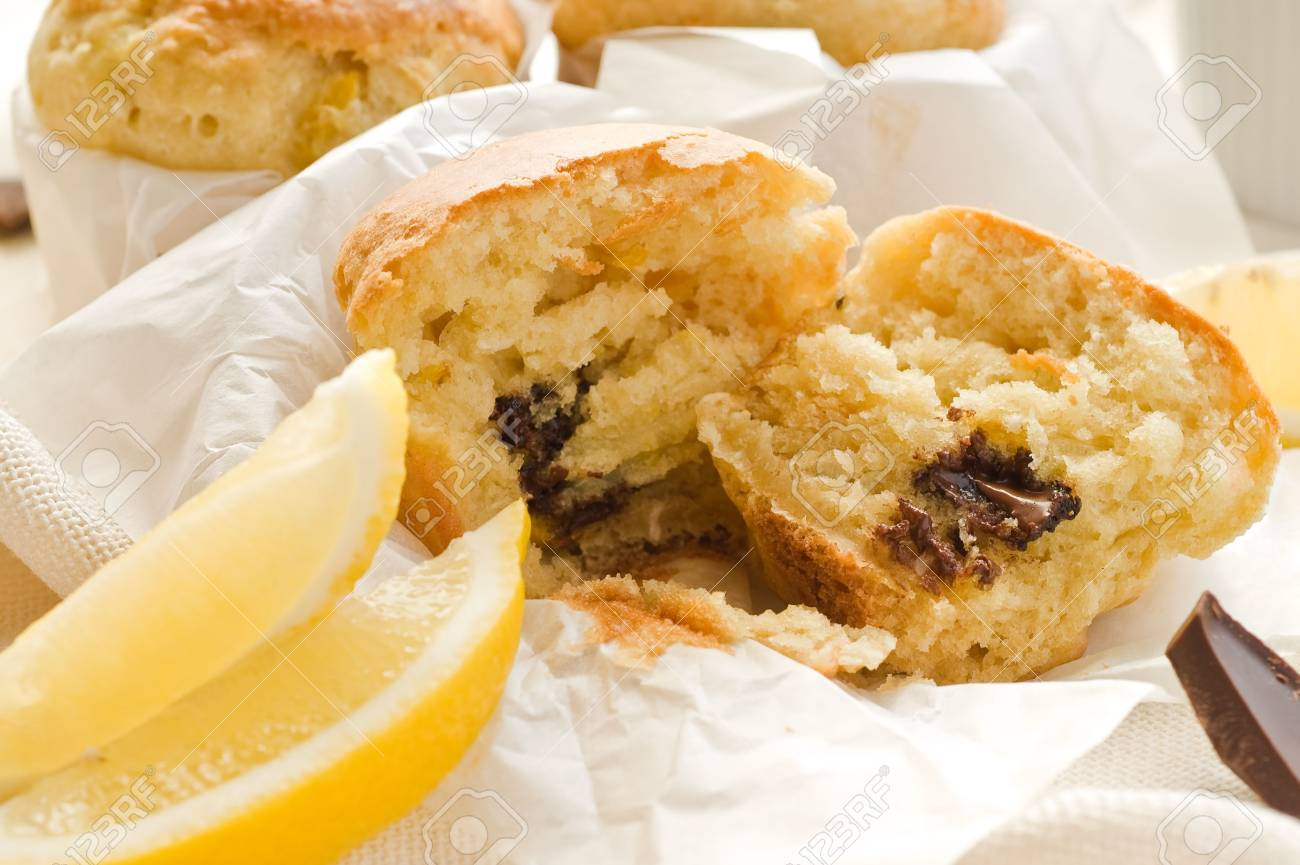Mini cakes with lemon and dark chocolate Stock Photo - 7000687
