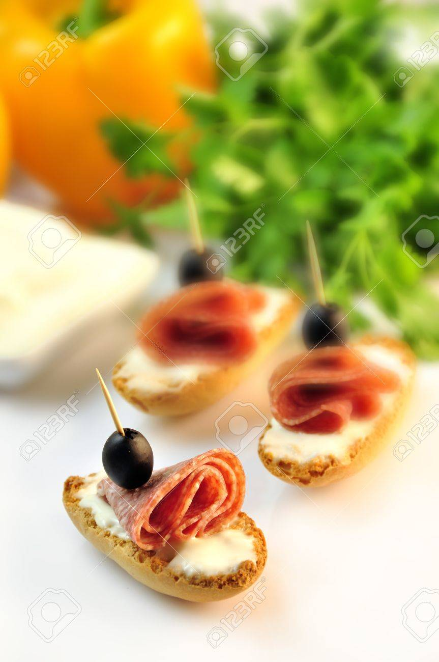 croutons with sliced   8203;  8203;salami cheese and olives Stock Photo - 17697974