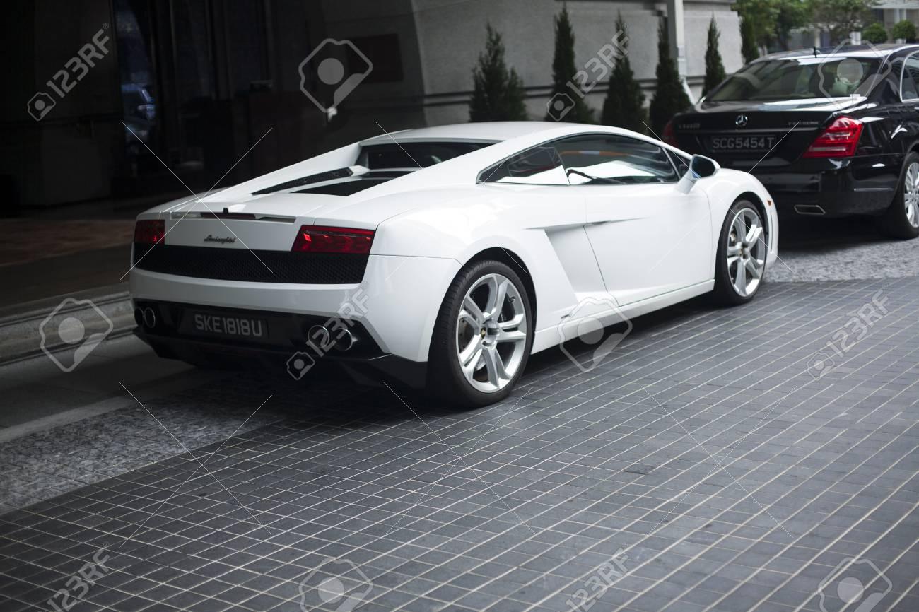 Singapore 01 November 2014 Lamborghini Diablo 2014 White Stock