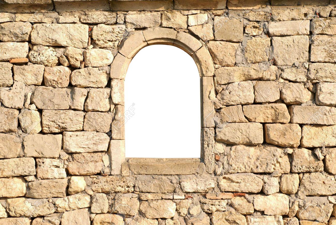Stenen Muur Wit : Venster in de oude stenen muur wit geïsoleerd royalty vrije foto
