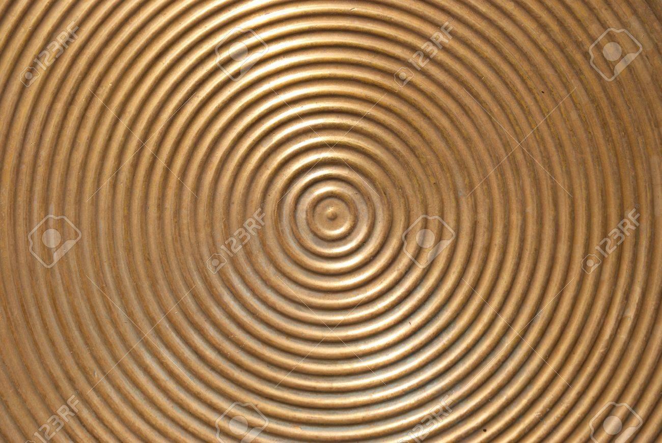 zusammenfassung kreis metallplatte-goldene oberfläche mit runden