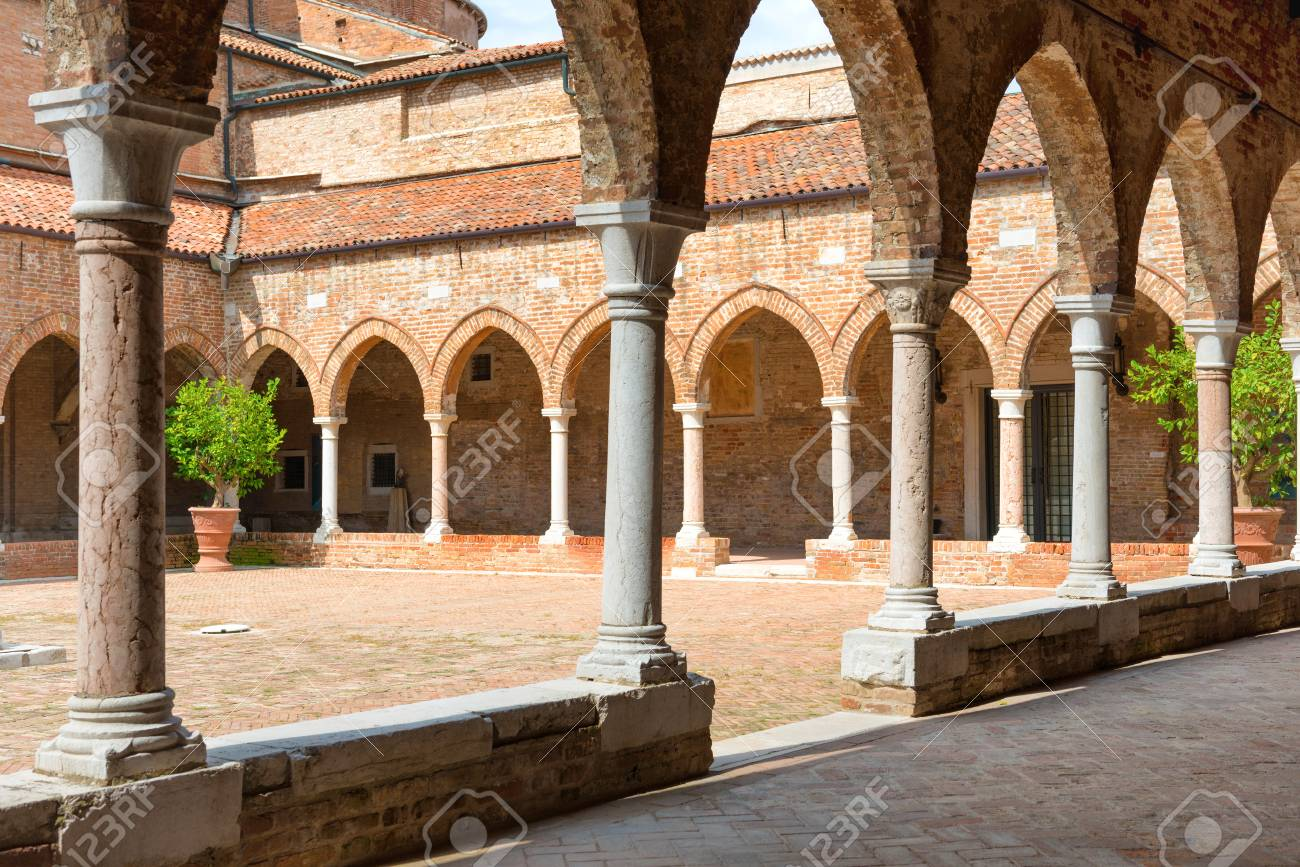 Interior On Old Brick House With Columns In Venice, Italy Stock Photo    99273134