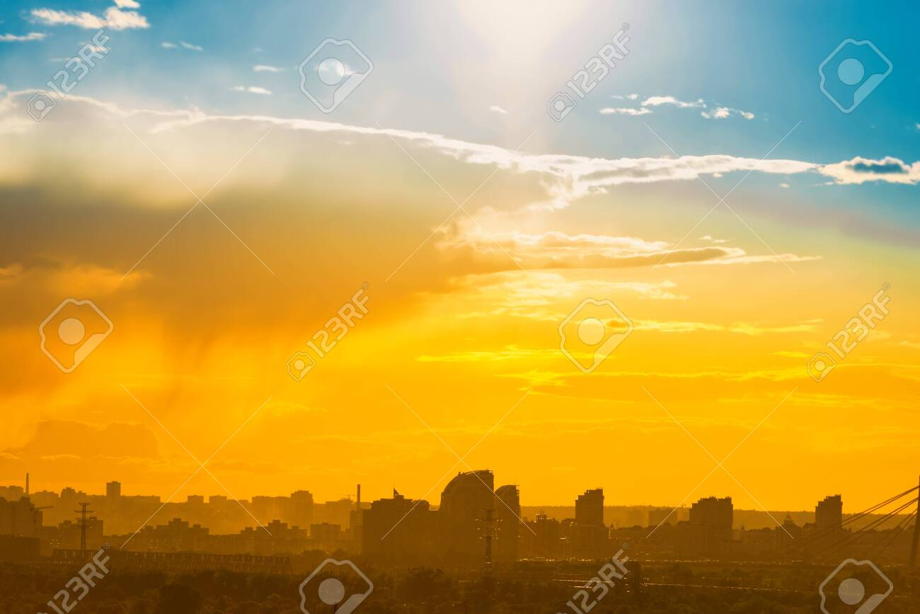 Sunset in big city, downtown cityscape with sunset sky - 150930136