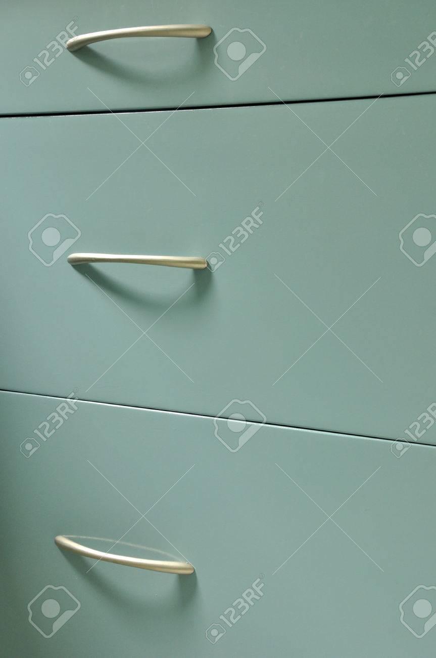 Blaue Hölzerne Schrank Mit Schubladen In Der Küche Zimmer Standard Bild    35265263