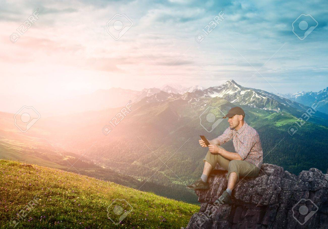 man working outdoors with tablet pad Stock Photo - 15714550