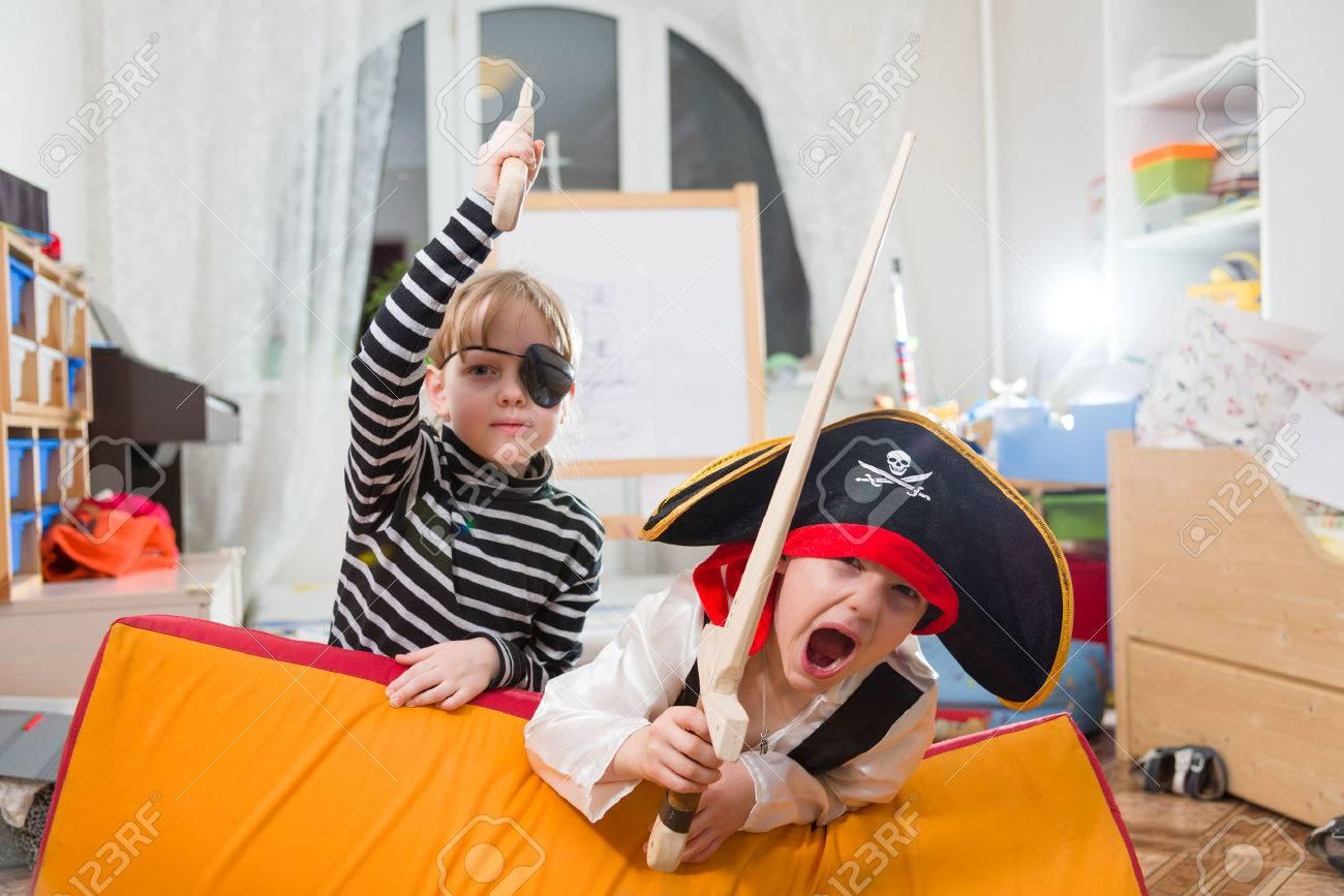 children play pirates - 36384628