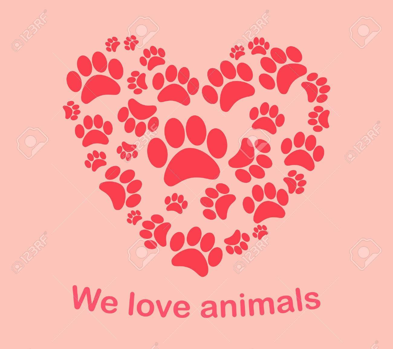 Heart animal s footprints - 31024291