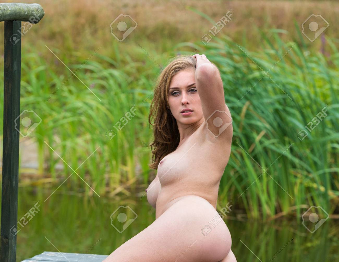 young beautiful naked girls