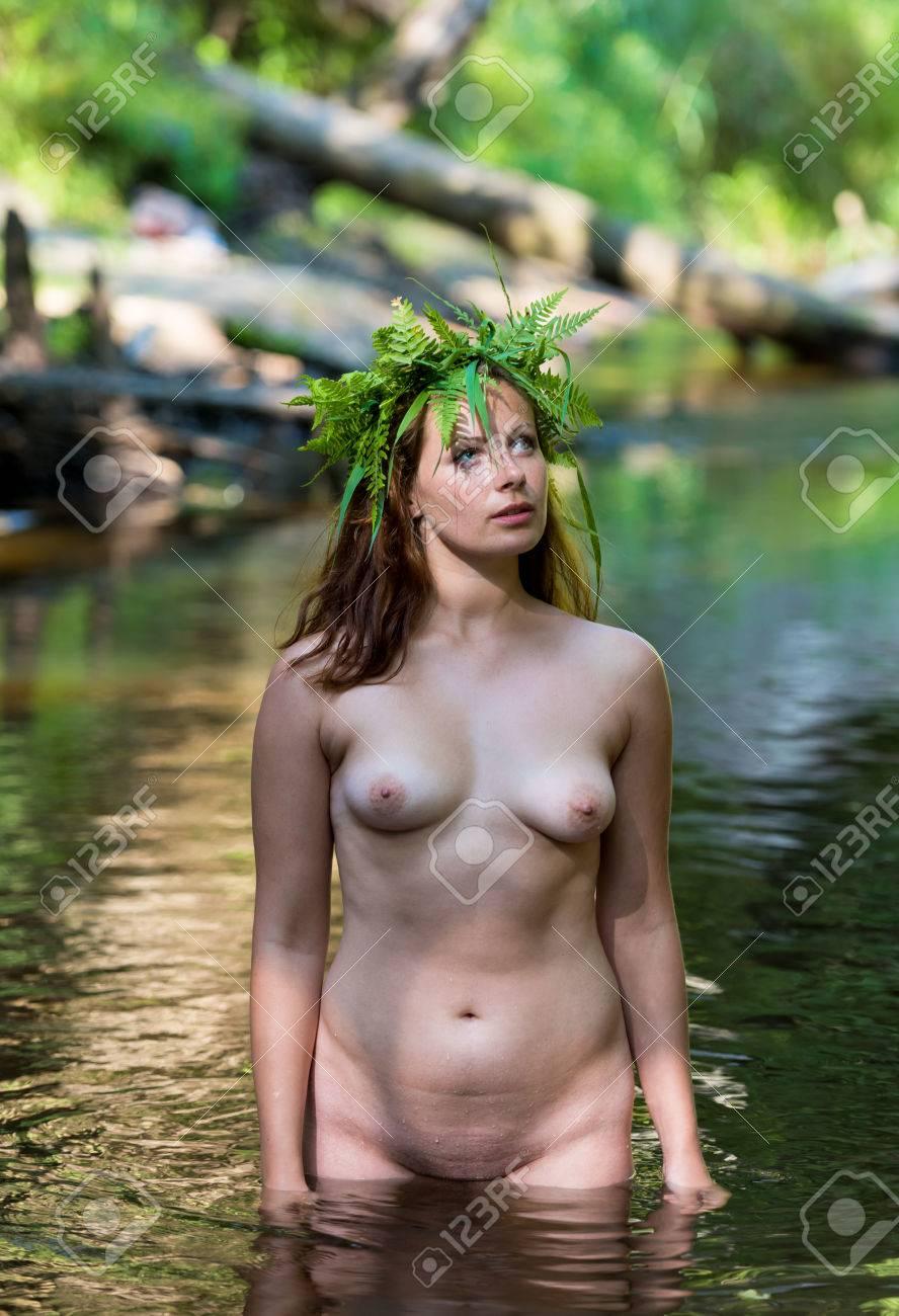 jeune femme nue asiatique adolescent public porno