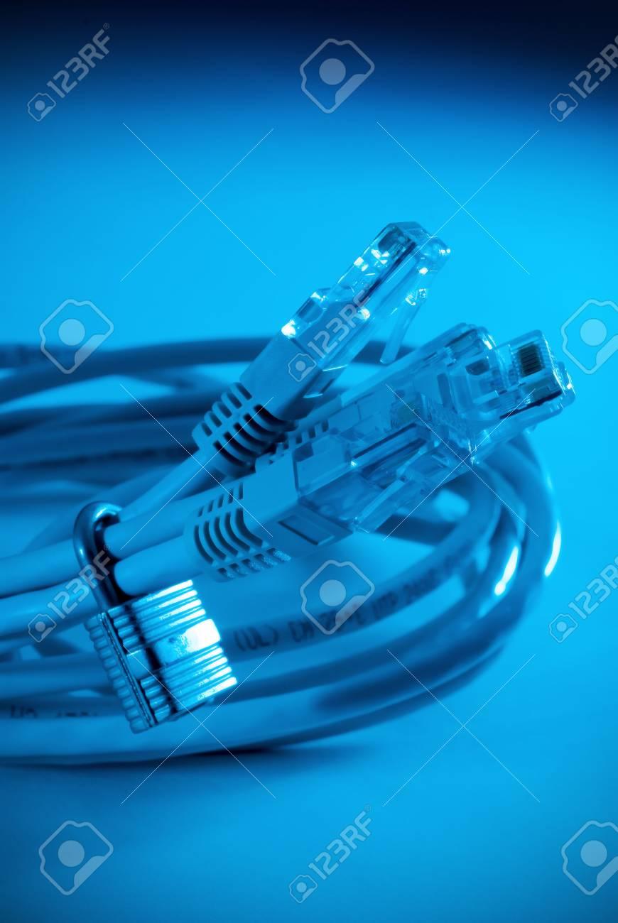 Ein High-Tech-blauen Farbton Großansicht Des Nertwork Kabel, Umgeben ...