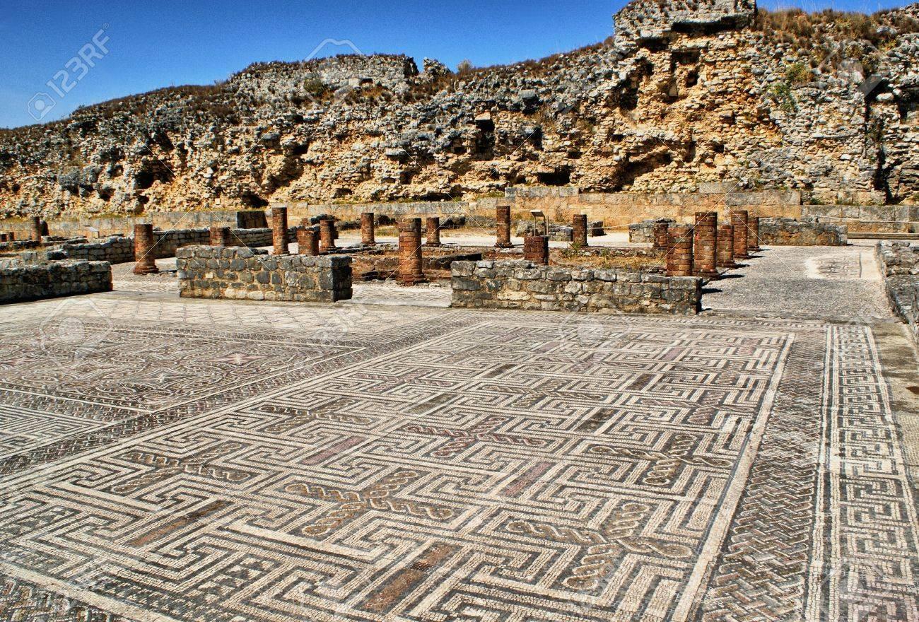 Mosaic in the Roman ruins of Conimbriga - 15067027