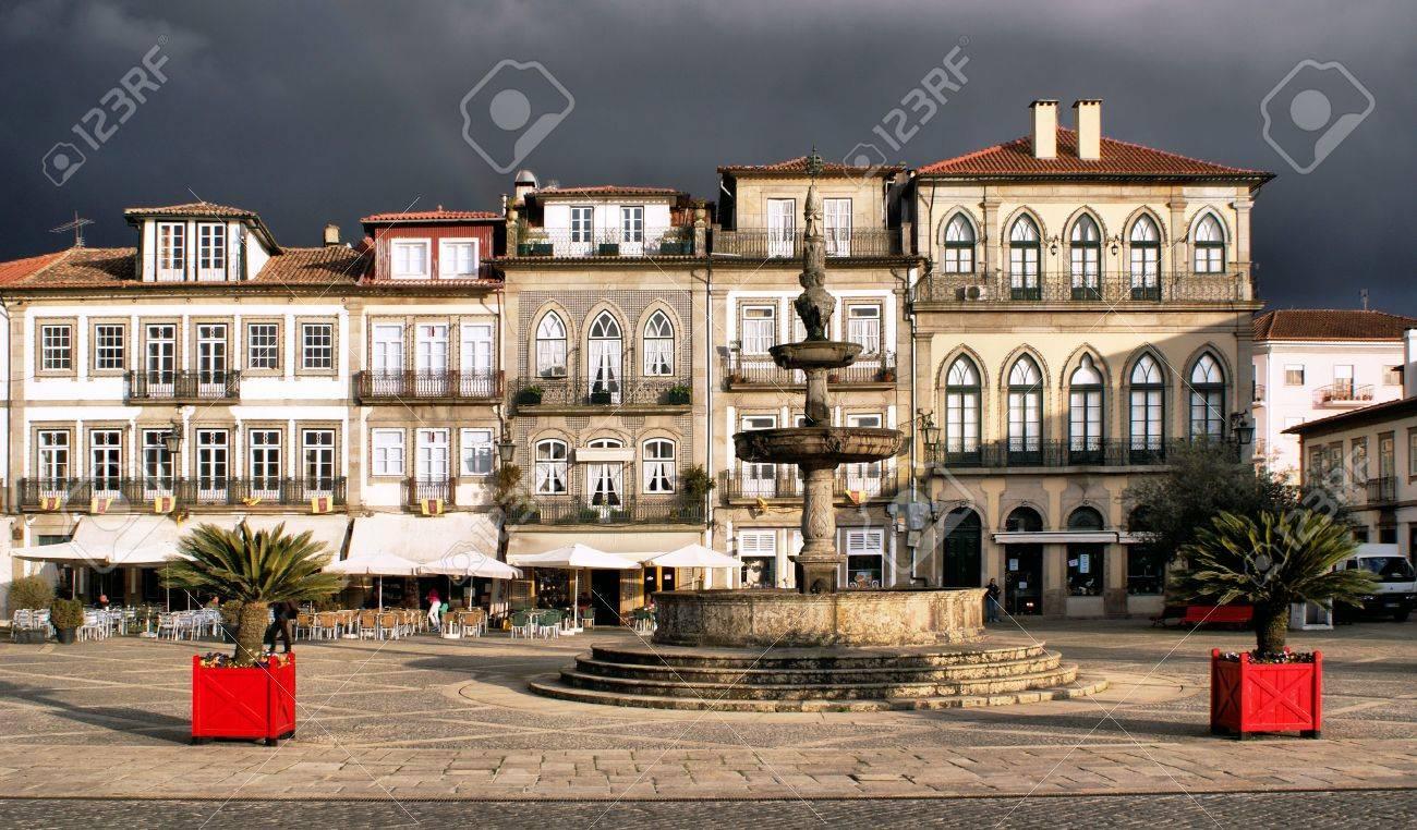 Main square Largo de Camoes with the fountain in Ponte de Lima - 41953544