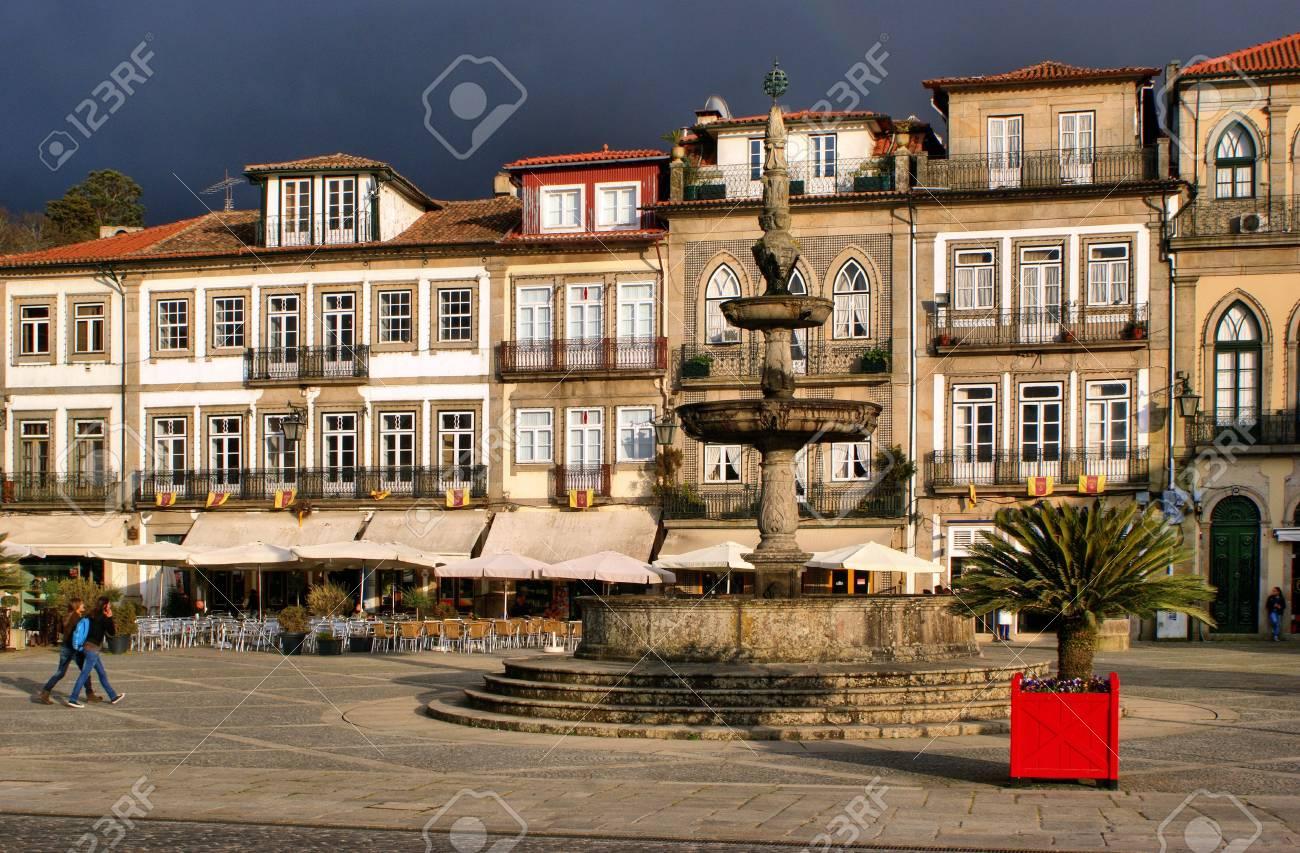 Main square Largo de Camoes with the fountain in Ponte de Lima - 41953547