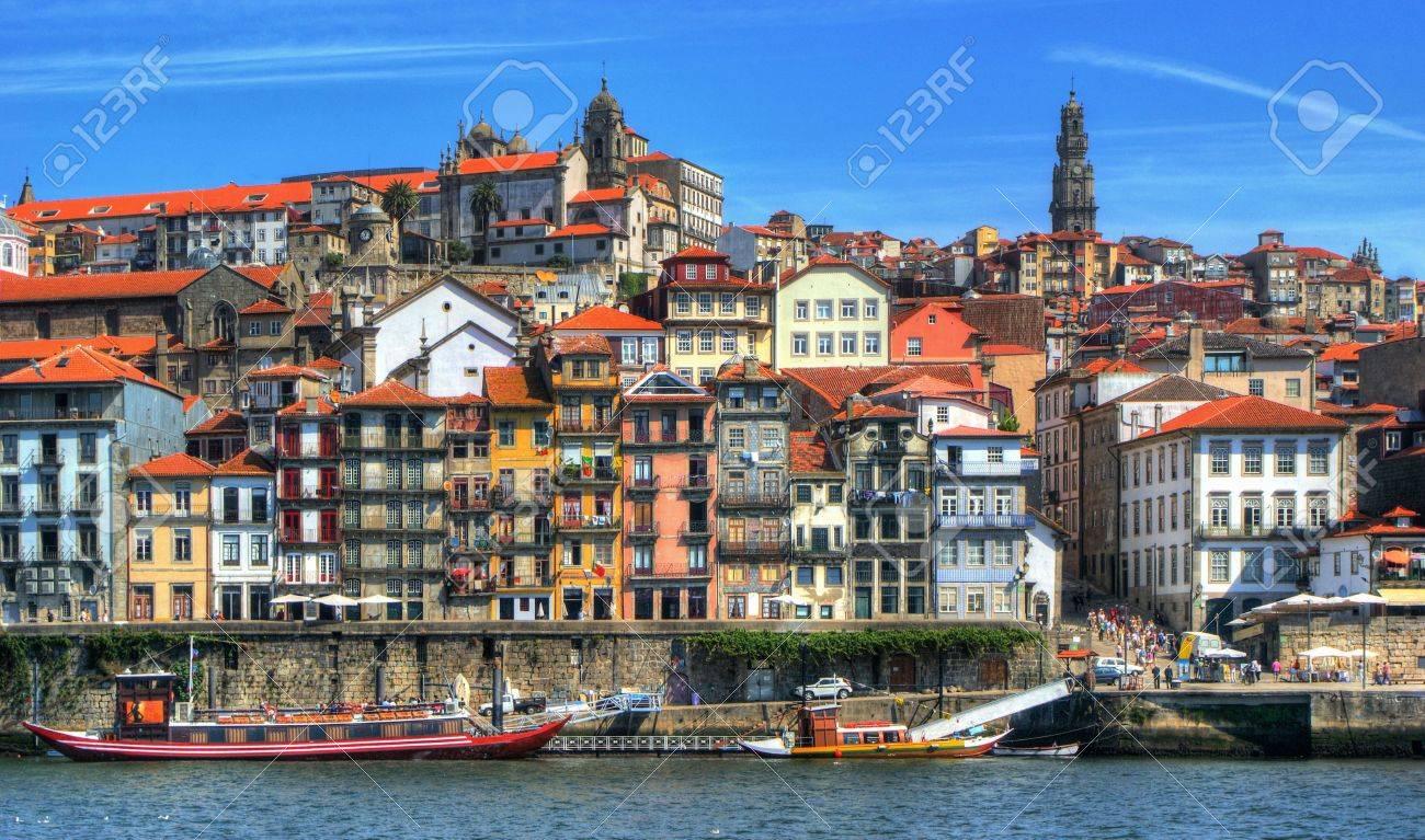Ribeira view in Porto, Portugal Stock Photo - 64973671