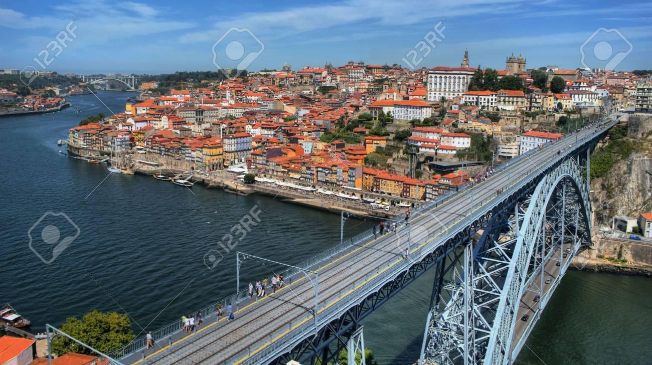Douro River and Dom Luis I Bridge in Porto, Portugal Stock Photo - 68994360