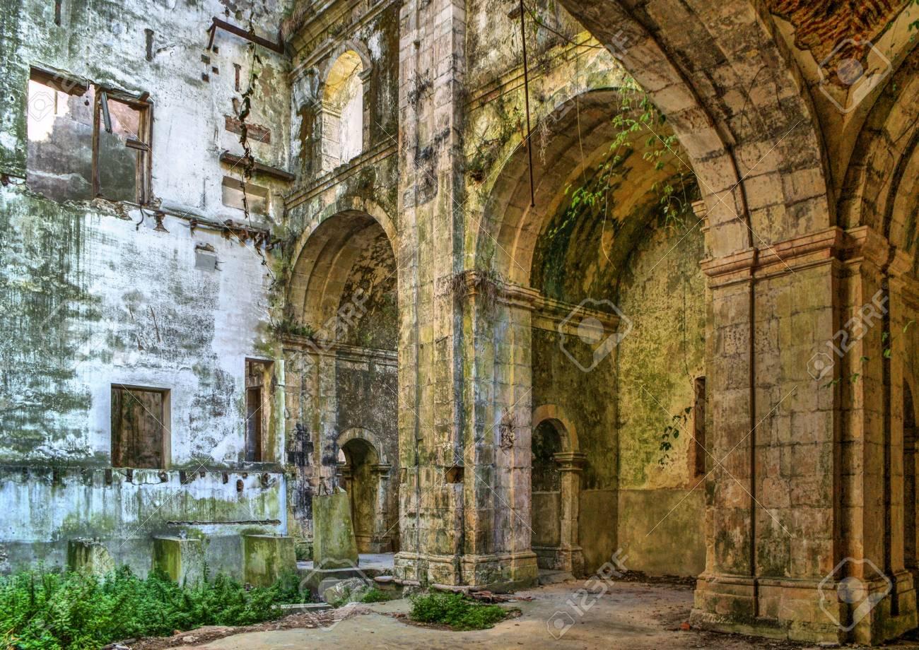 Ruined convent of Seiça, Figueira da Foz, Portugal Stock Photo - 73268219