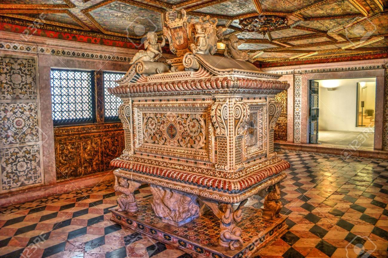 Santa Joana princess tomb in Aveiro, Portugal Stock Photo - 78215599