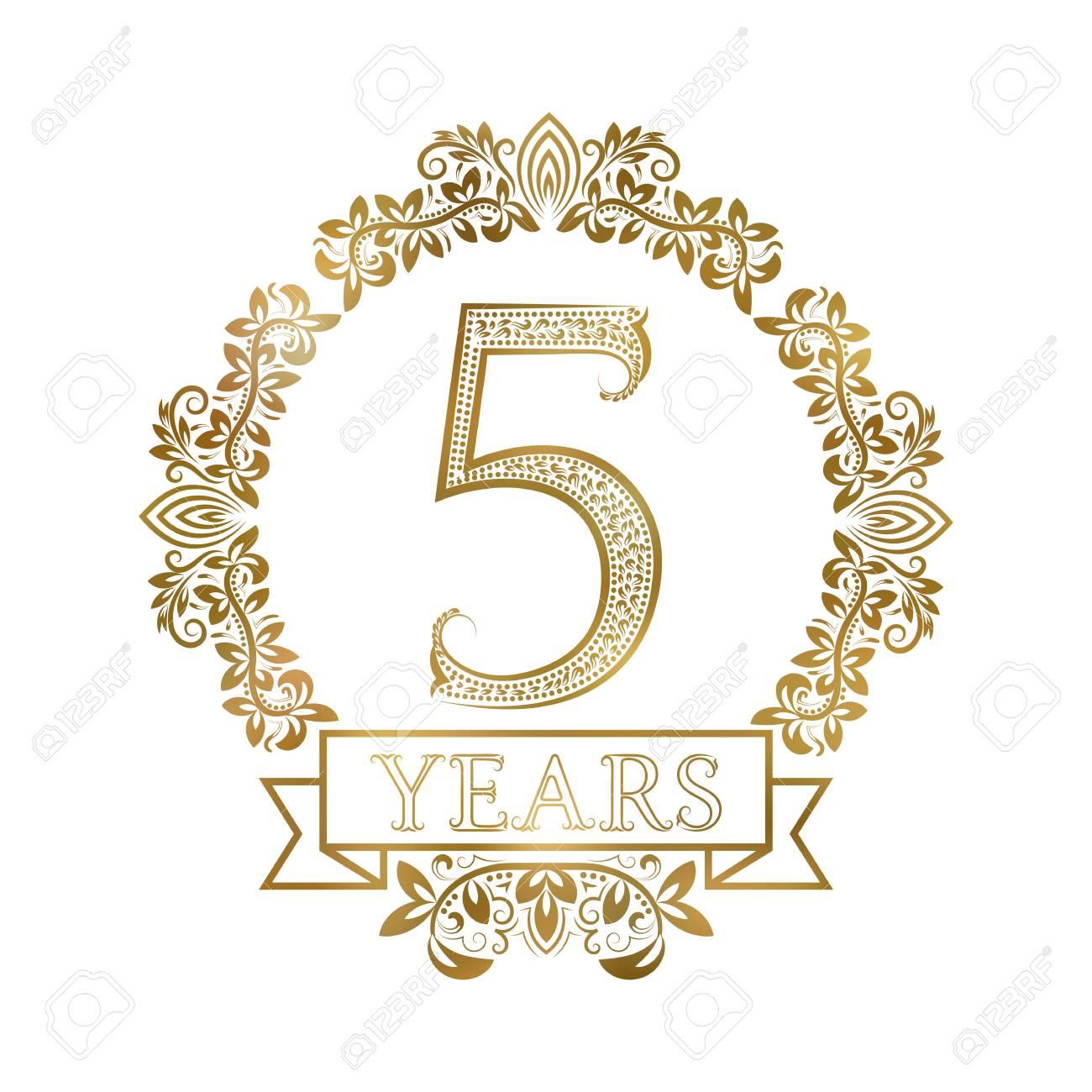 Cinco Anos Aniversario Celebracion Oro Vintage Logotipo Etiqueta De