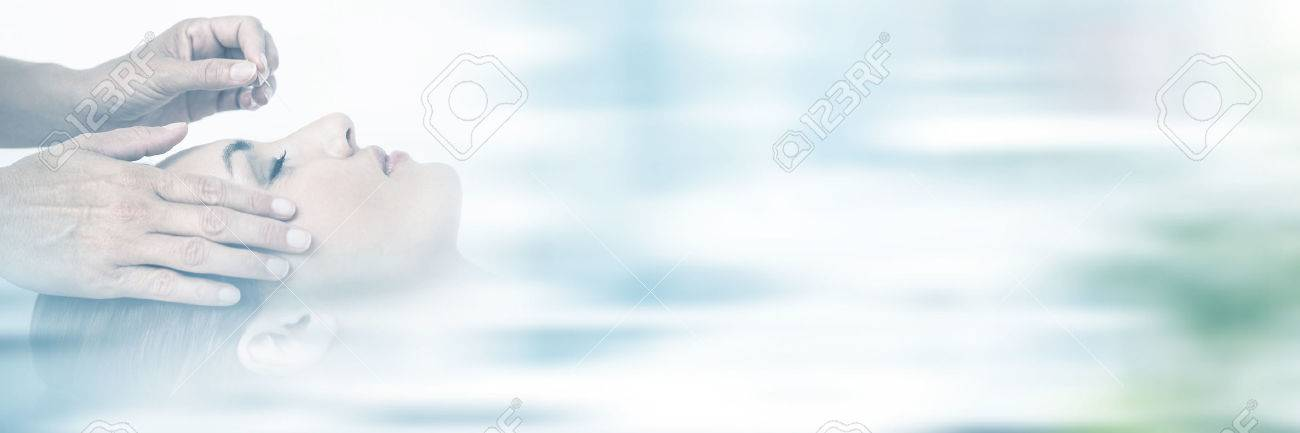 Relaxed woman receiving an acupuncture treatment in a health spa Stock Photo - 75416276