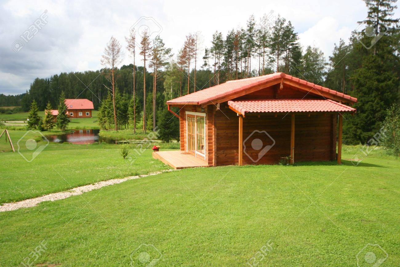 cute comfortable summer cottage Stock Photo - 4313360