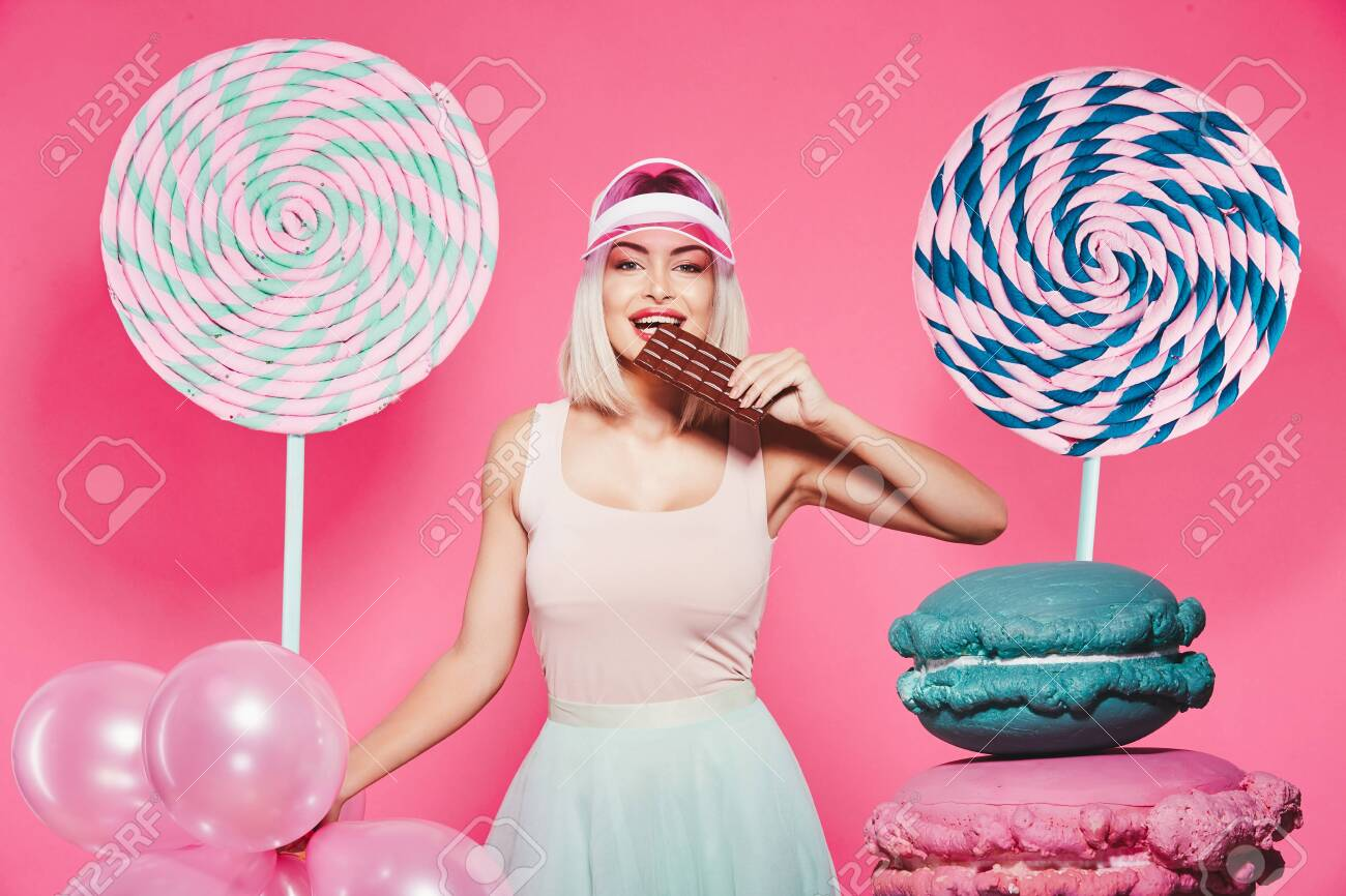 Attractive model with sweets - 122174160