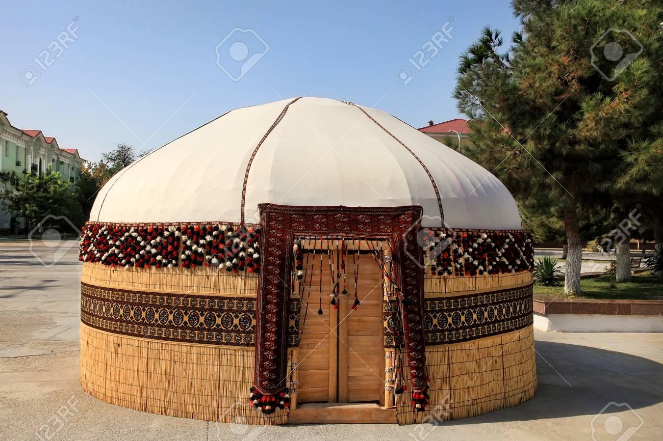 トルクメニスタン民族遊牧民のパオ,建物、建設 Novruz の祭典のため。伝統