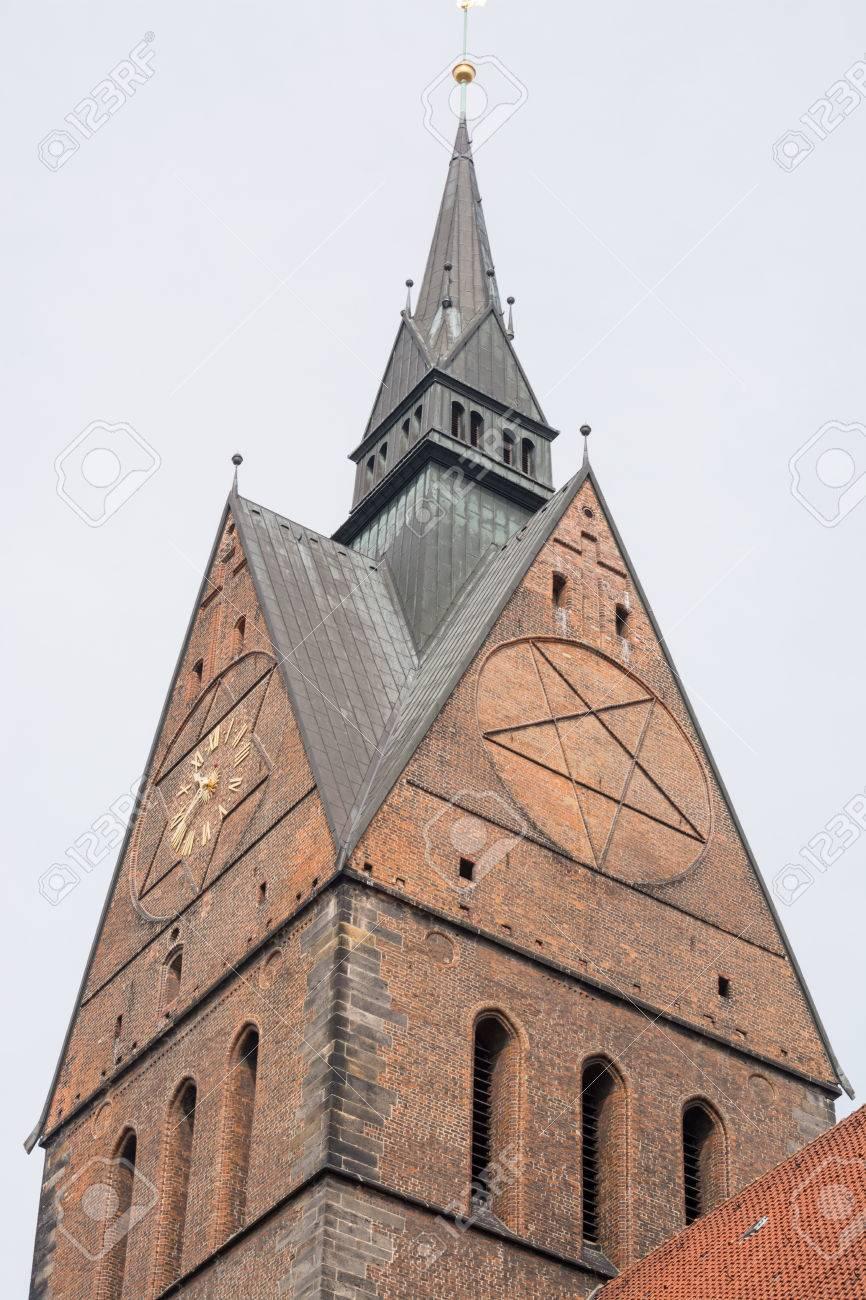 Religion im Allgemeinen und im weiteren Sinne 28014030-marktkirche-hannover-lower-saxony-germany