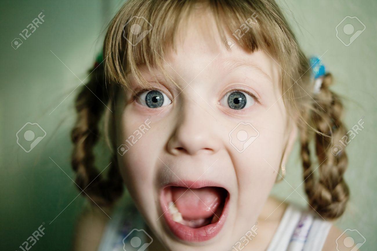 smotret-russkoe-porno-konchit-vo-vnutr-molodim