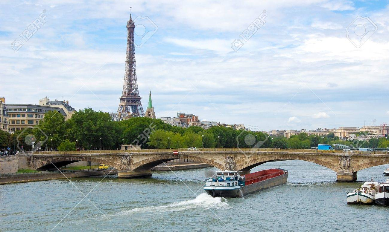 View of the Paris from the river Seine. Stock Photo - 7054276