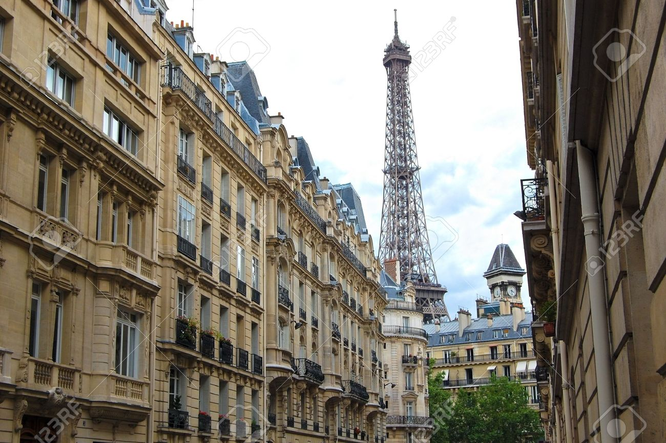 Street with a view to Eiffel Tower. Paris, France. Stock Photo - 7085212