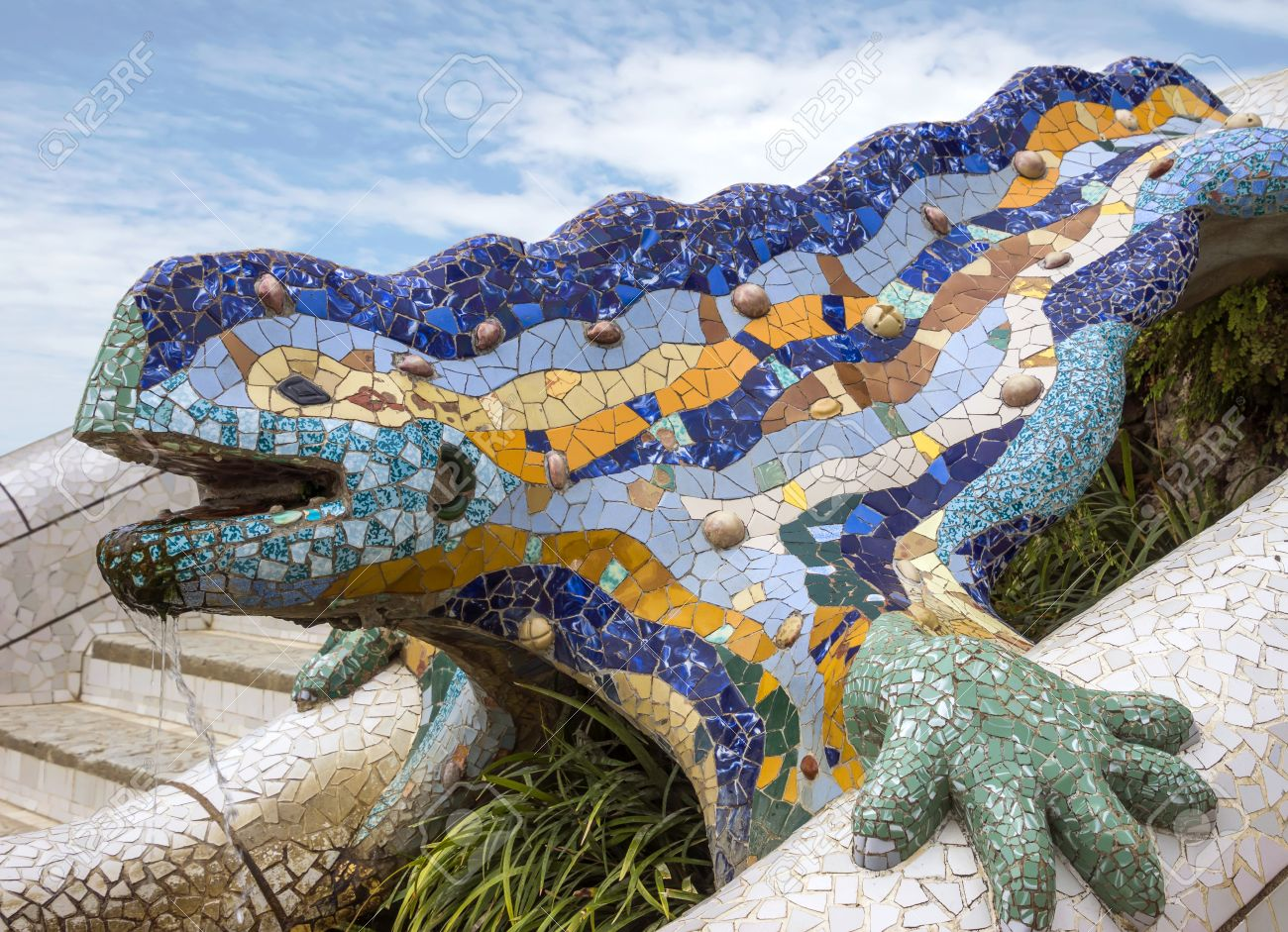 Lizard Of Gaudi Mosaic In Park Guell Of Barcelona Stock Photo ...
