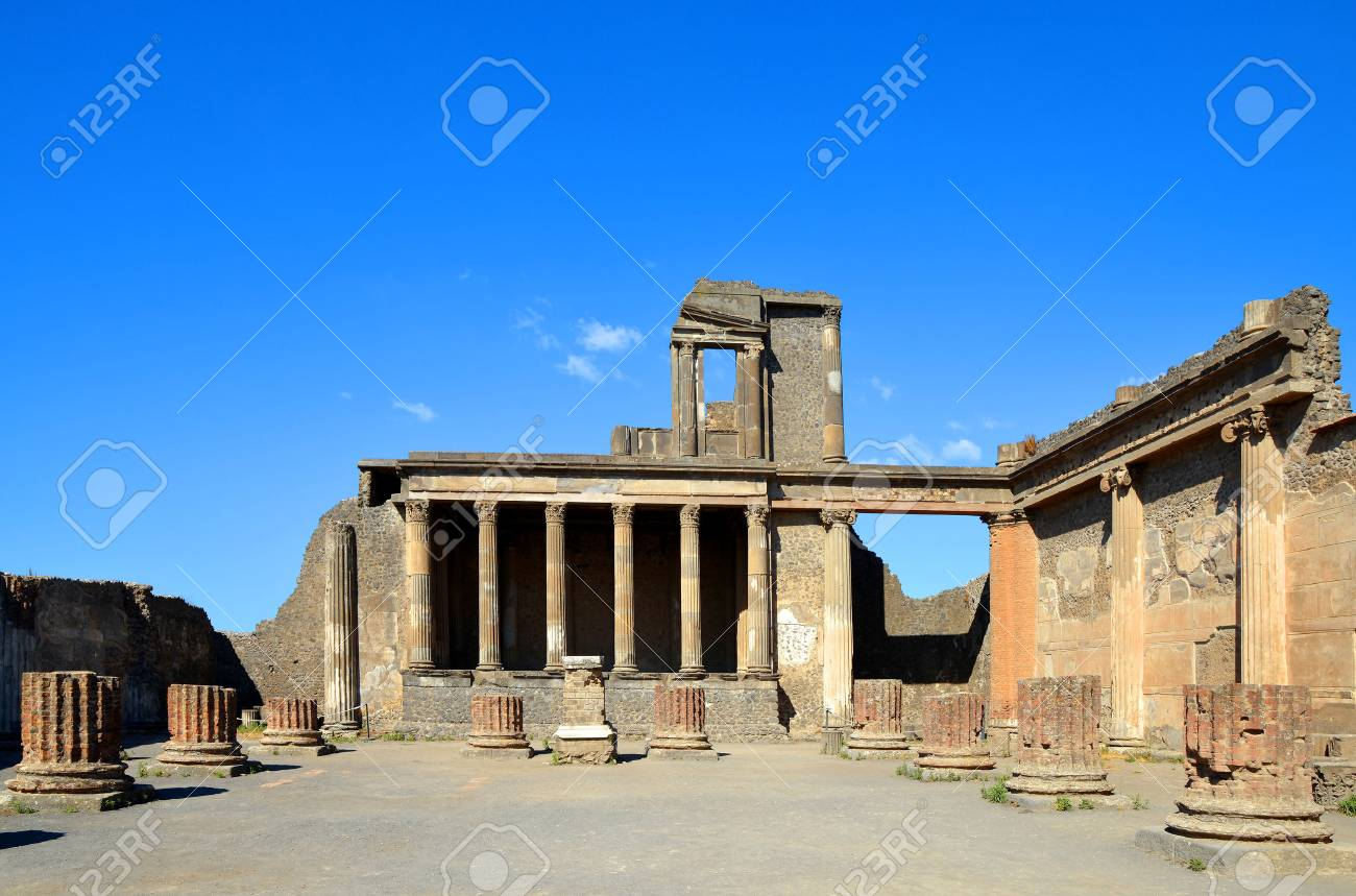 Ancient city of Pompeii, Italy. Roman town destroyed by Vesuvius volcano. - 82560621