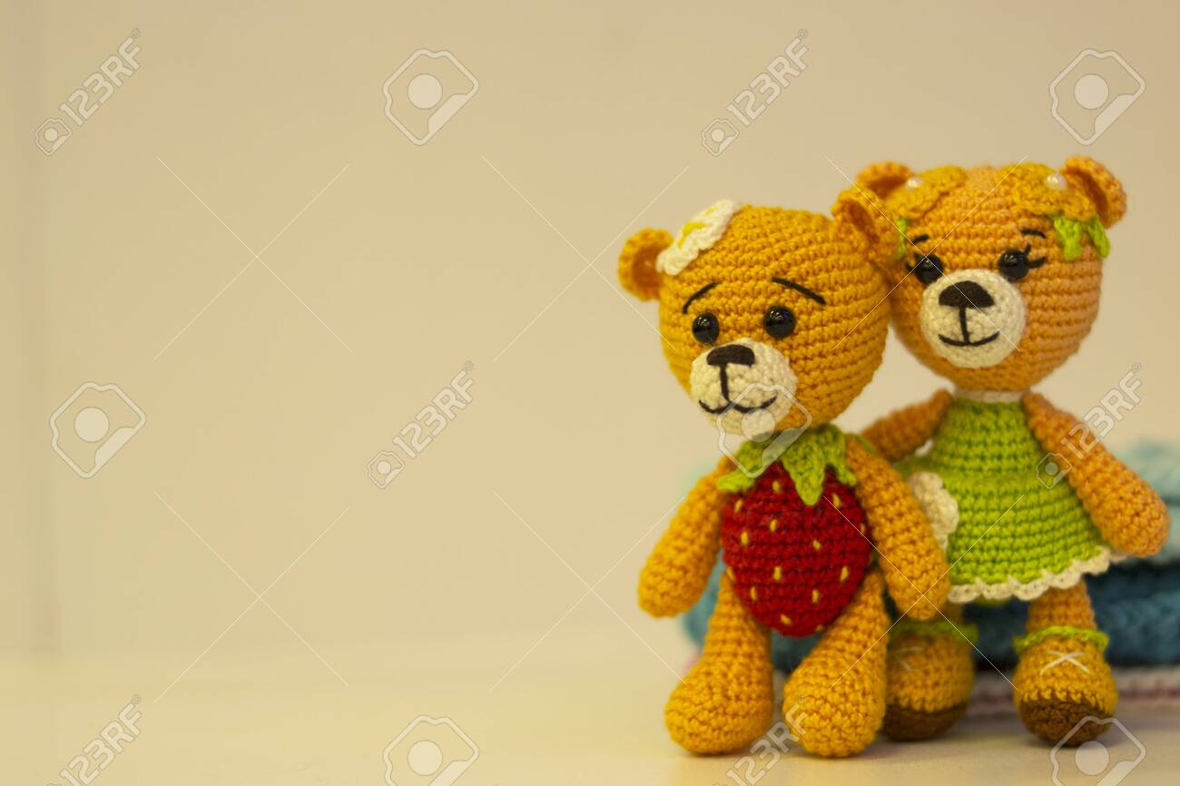 Amigurumi Two!: Crocheted Toys for Me and You and Baby Too: Rimoli ... | 866x1300