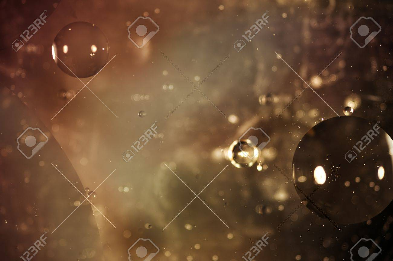 Oil on water photograph designed to appear like outer space background Banque d'images - 8795084