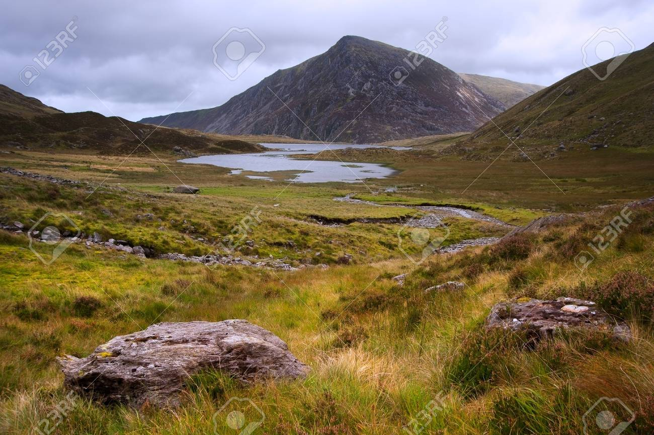 View over Llynn Idwal in Glyderau mountain range in Snowdonia National Park towards Pen-yr-Ole-Wen in distance Stock Photo - 15780211