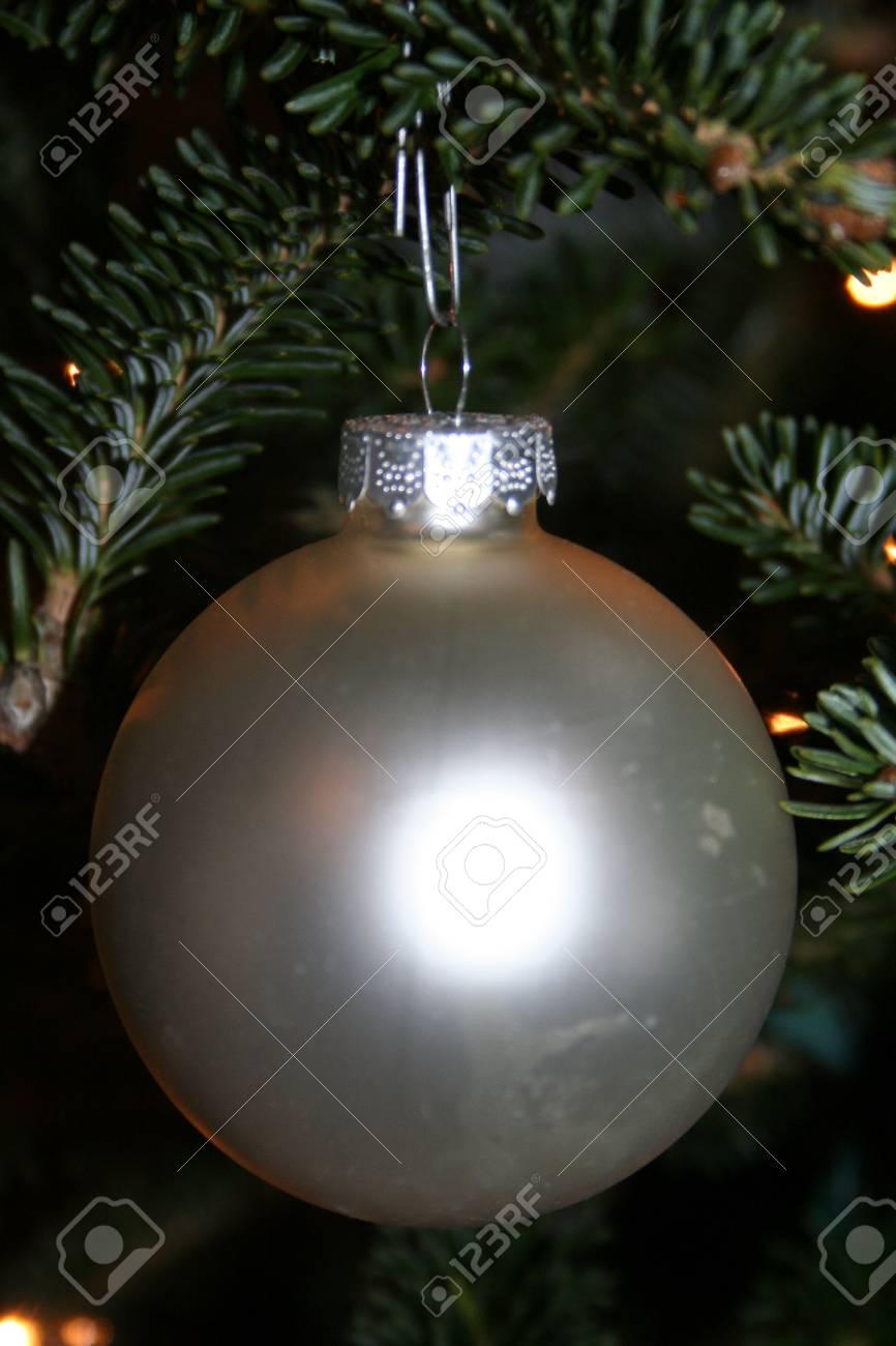 White glass ornament Stock Photo - 3948249